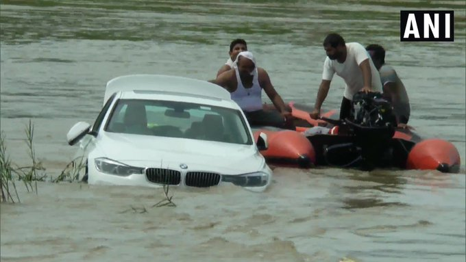 bmw in river
