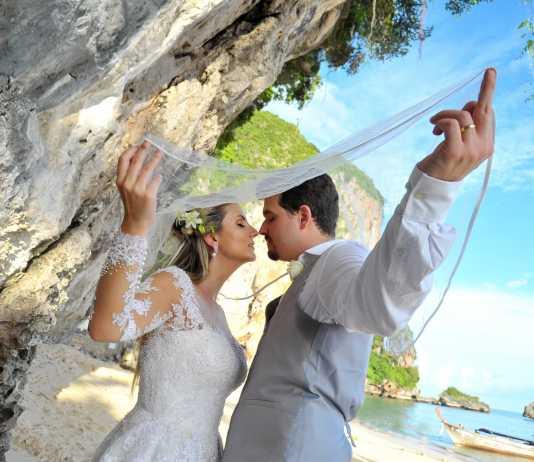 Railay-Beach-Pre-Wedding-Photoshoot-indiamoods